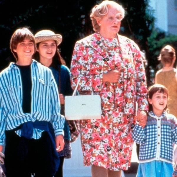 'Mrs. Doubtfire' Movie Facts (13 pics)