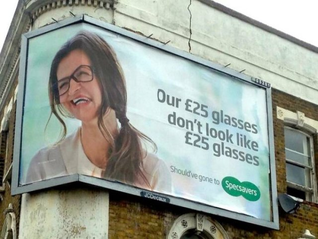 What's Wrong With These Ads? (44 pics)