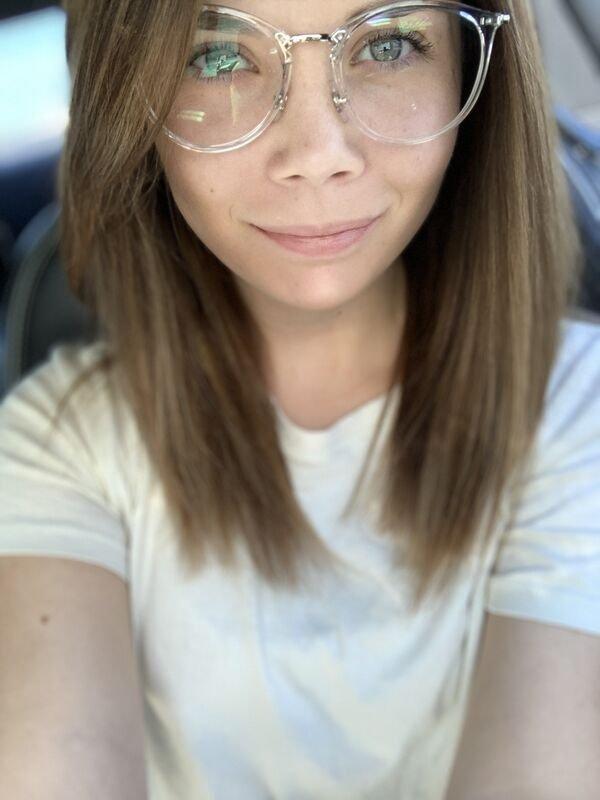 Girls In Glasses (34 pics)
