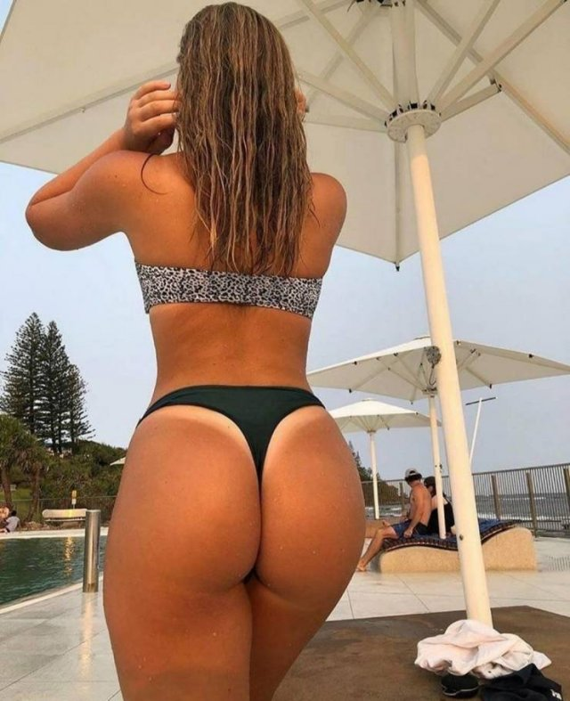Girls With Tan Lines (46 pics)