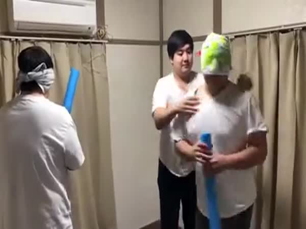 These People Playing Blind Swordfight Using Their 6th Sense