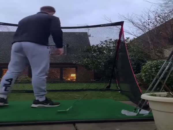 This Guy Definitely Didn't Set Up His New Golf Net Correctly