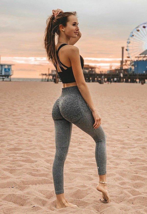 Sporty Girls (36 pics)