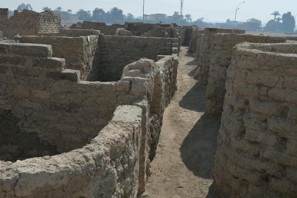 3,400-Year-Old 'Golden City' Was Discovered In Egypt (8 pics)