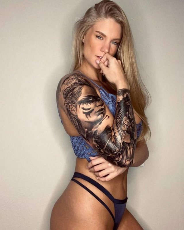 Hot American Soldier And Model Krista Shipman (25 pics)