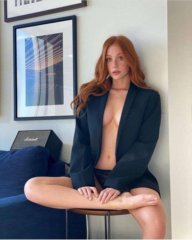 Redhead Beauties (48 pics)