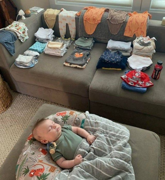 Moms Share Their Everyday Routine (20 pics)