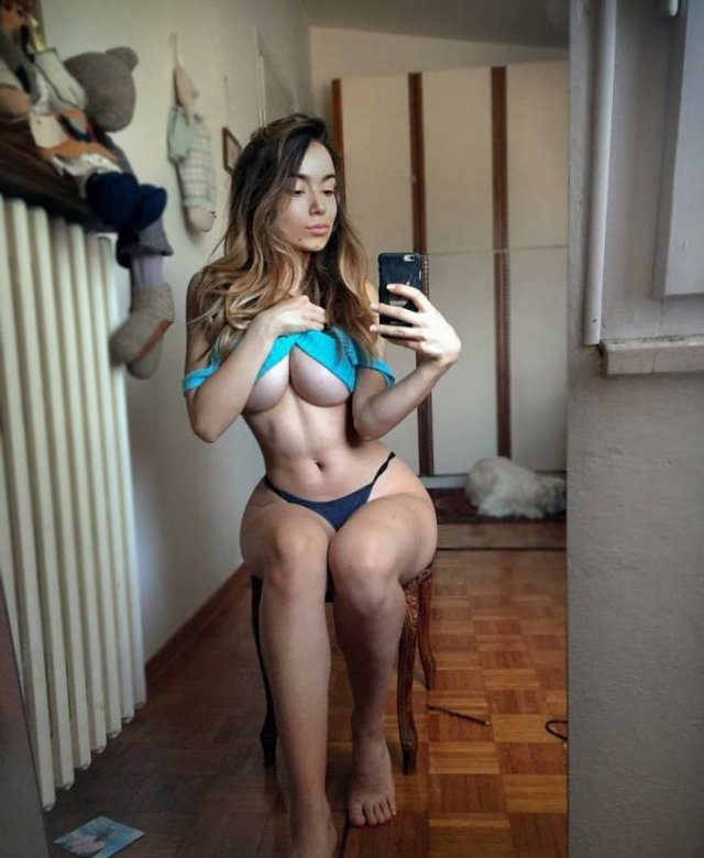 The View Under (49 pics)