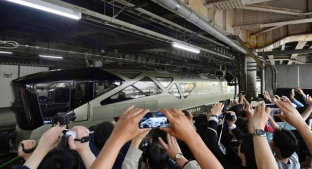 The Most Luxurious Train In The World (26 pics)