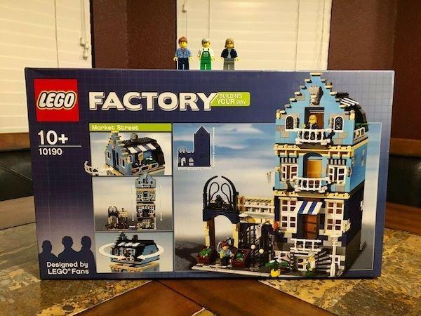 Rare And Expensive LEGO Sets (14 pics)