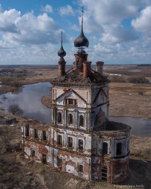Beautiful Abandoned Places (26 pics)