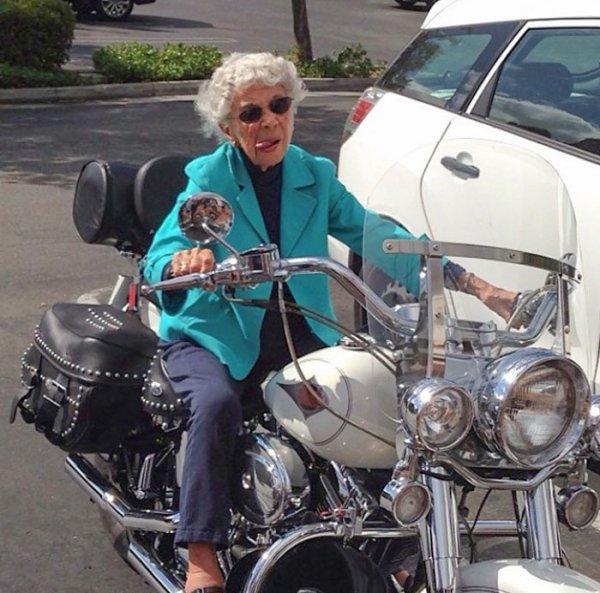 Amazing Grandmas And Grandpas (33 pics)
