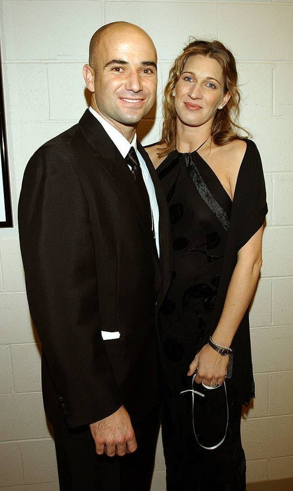 Celebrity Couples From The Early 2000's (63 pics)