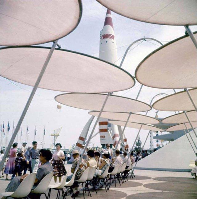Old Photos Of 'Disneyland' Opening (25 pics)