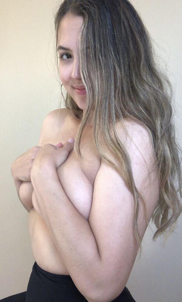 Hand Bras (50 pics)