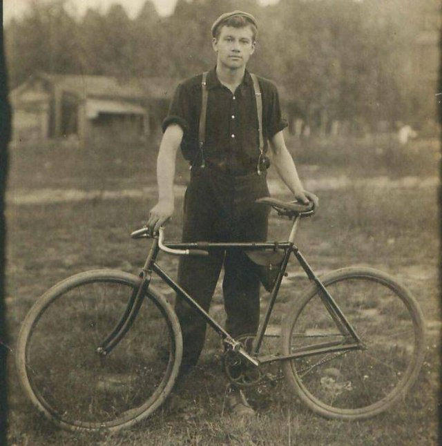 Great Old Family Photos (31 pics)