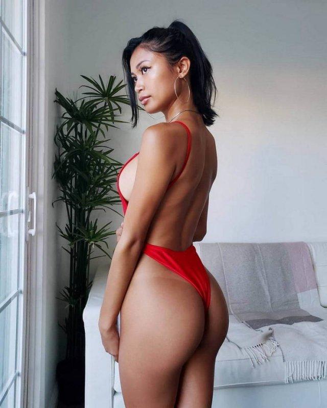 Side View (45 pics)