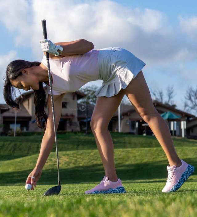 Golf Girls (35 pics)