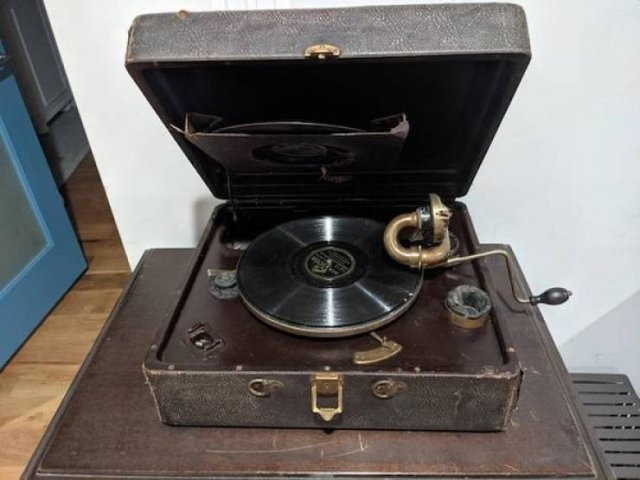 Old Things In Perfect Condition (27 pics)