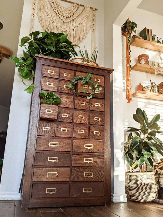 Thrift Store Treasures (47 pics)