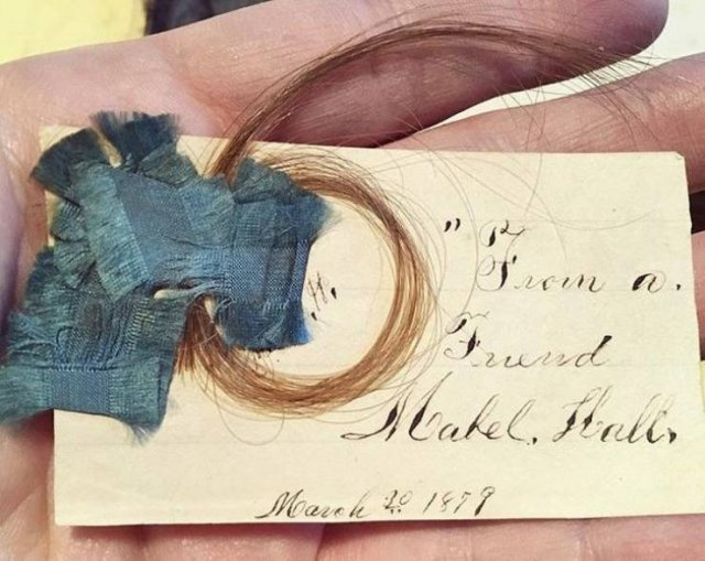 People Show Vintage Things (13 pics)