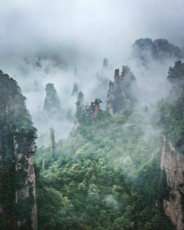 Beautiful Destinations Around The World (30 pics)