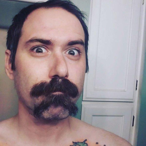 The New Double Mustache Trend (30 pics)