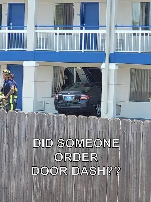 Car Fails (25 pics)