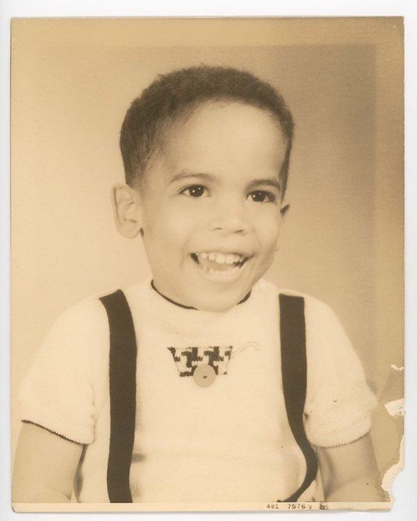 Celebrity Old Photos (20 pics)