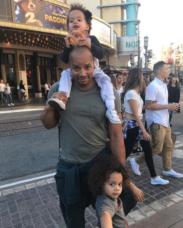 Celebrity Dads (20 pics)