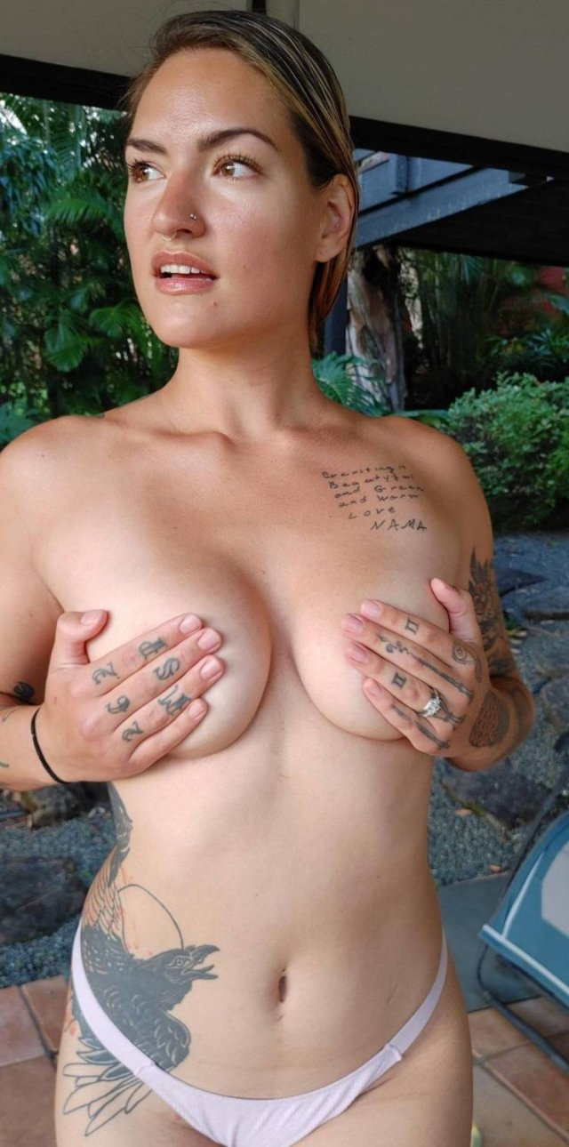 Hand Bras (45 pics)