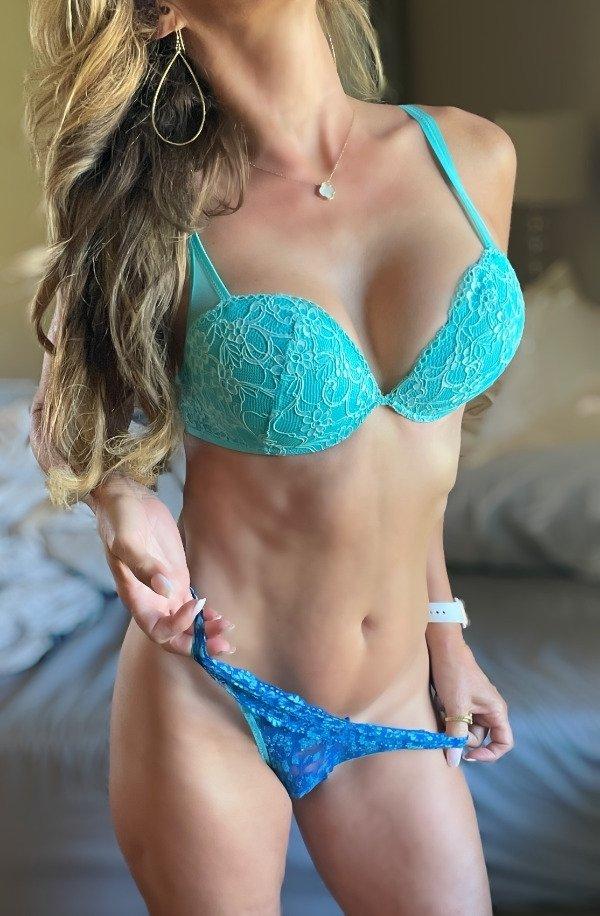Beautiful Girls (38 pics)