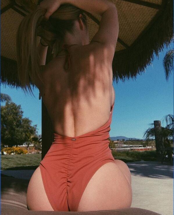 Side View (40 pics)