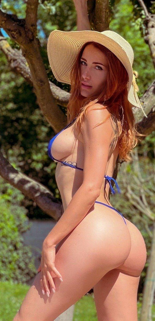 Redhead Beauties (52 pics)