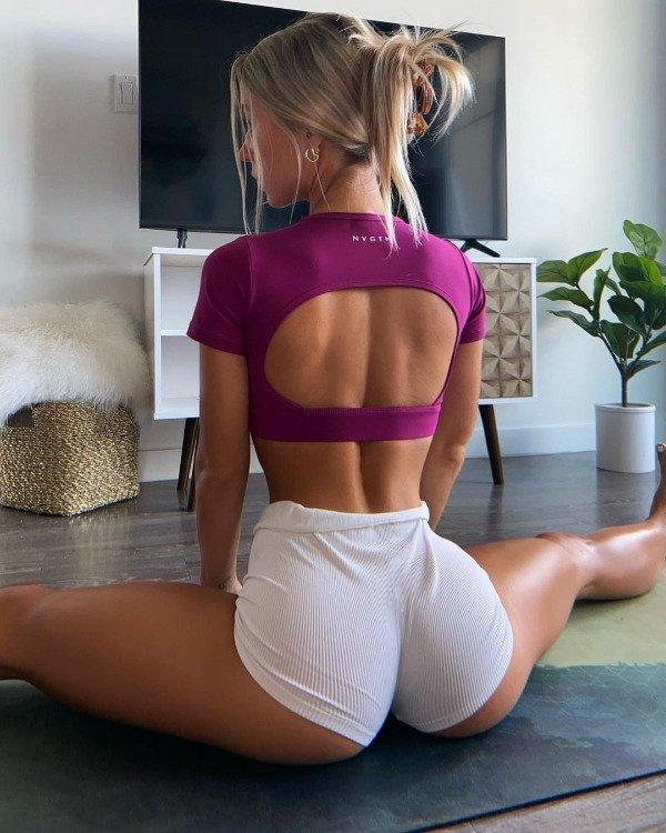 Flexible Girls (34 pics)