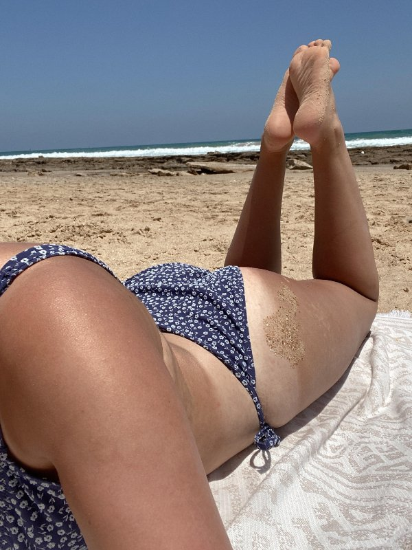Girls With Tan Lines (32 pics)
