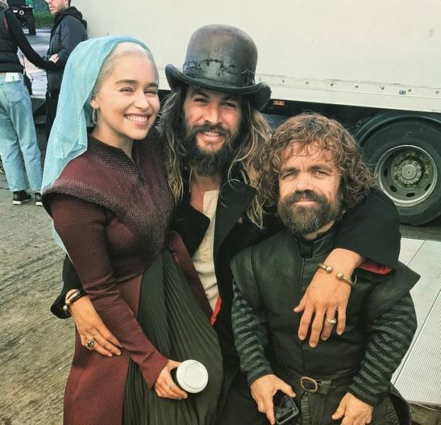 Behind The Scenes Of Popular Movies (36 pics)