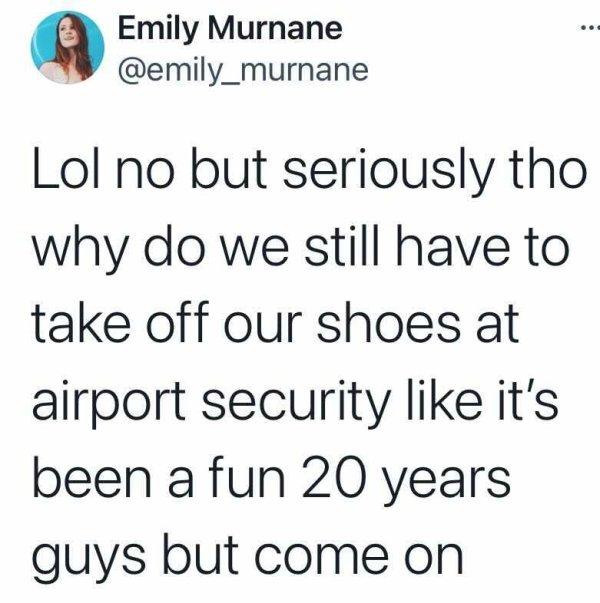 Airport Tweets (24 pics)