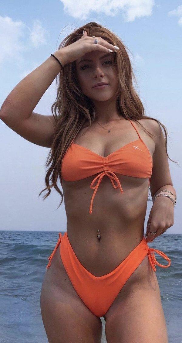 Bikini Girls (85 pics)