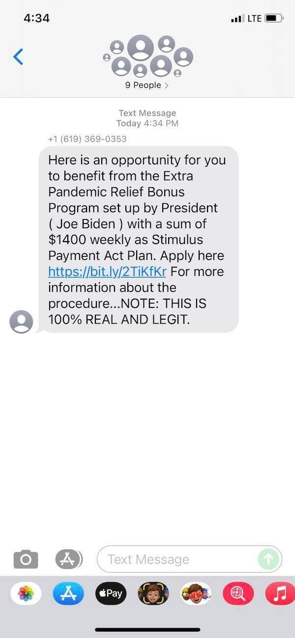 Scammers Texts (27 pics)