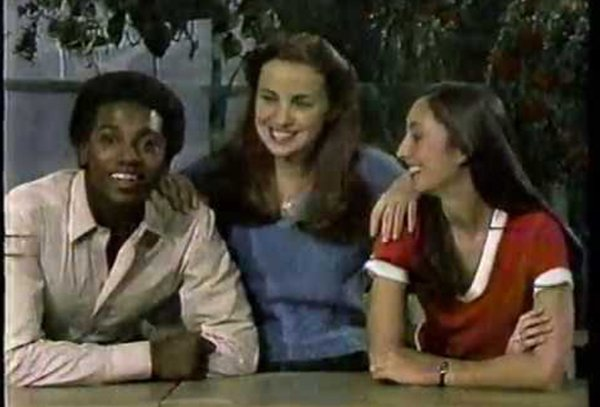 Old TV Shows People Really Loved To Watch (20 pics)