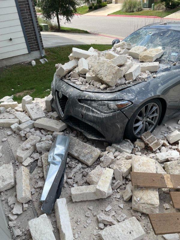 Bad Days Happen (22 pics)