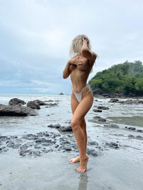 Blonde Girls (30 pics)