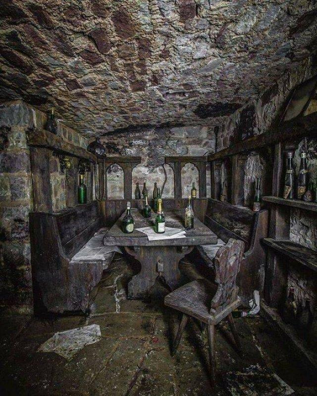 Beautiful Abandoned Places (49 pics)