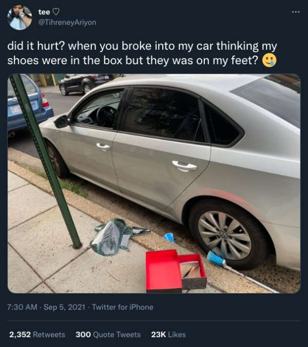 Did It Hurt' Tweets (32 pics)
