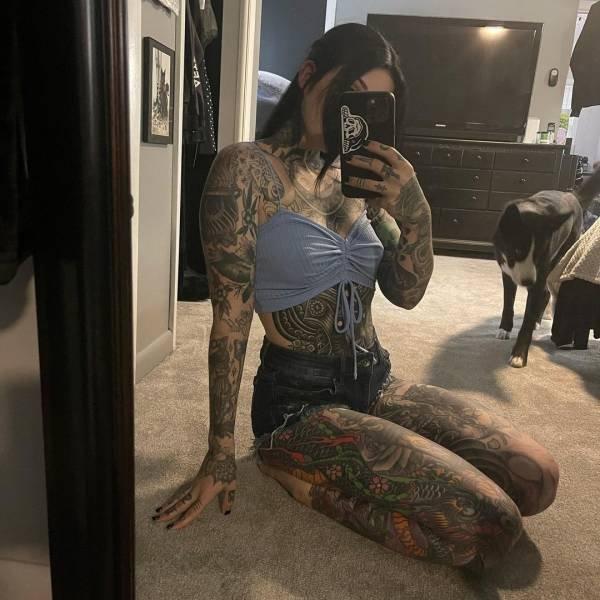Tattoo Model Briana Todd (17 pics)
