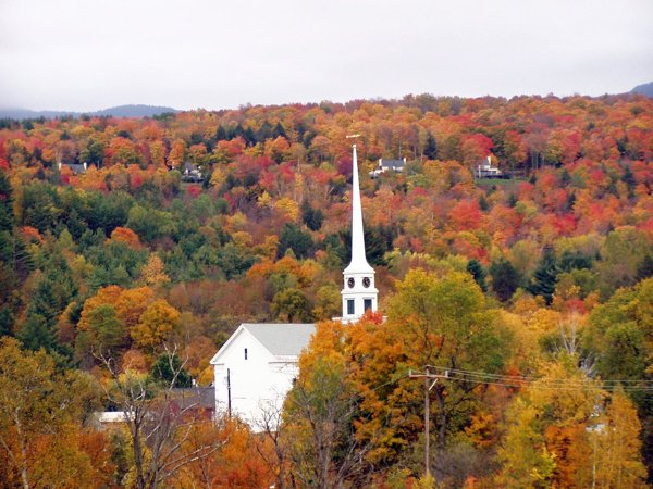 11 Incredible Places To Spend The Fall (11 pics)
