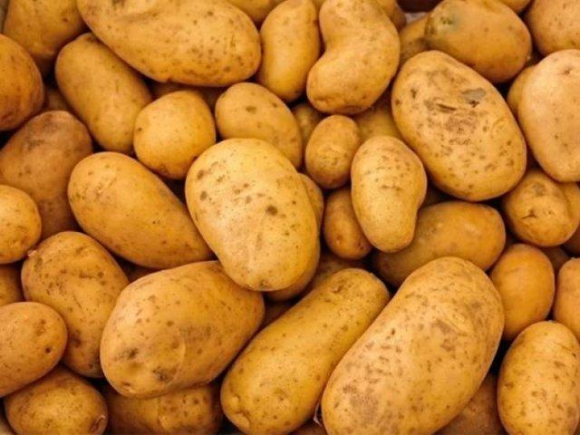 'Poor' Food Items People Love Eating (18 pics)