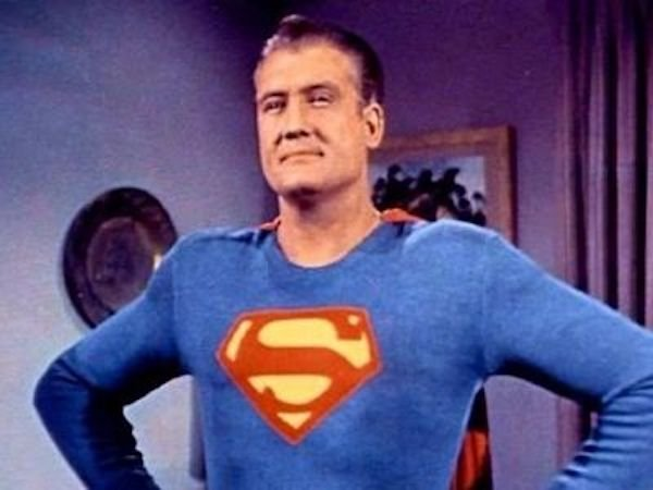 The Best Actors Ever Played Superman (12 pics)