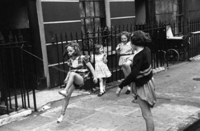 London Children By Thurston Hopkins (20 pics)